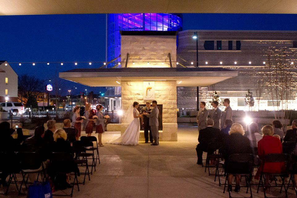 Wedding at the Blue Earth Plaza